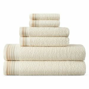 6 pc ivory towel set